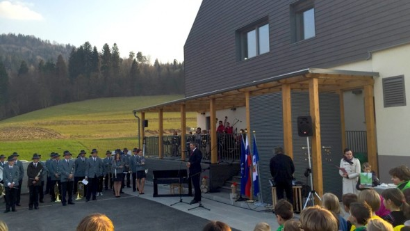 Židan na otvoritvi šole Vrhpolje