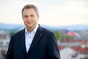 Minister-Dejan-Židan-300x200