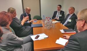 Katičeva z Mogherinijevo in obrambnimi ministri iz PES