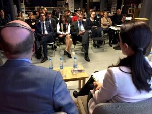Tanja Fajon in Dejan Židan na konfernci PES-SD
