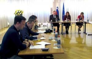 Predstavitev Zakona o obrambi sindikatom na MORS