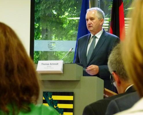 Schmidt na posvetu o gozdovih v Bruslju