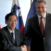 Minister Židan in kitajski namestnik ministra Chen Xiaohua