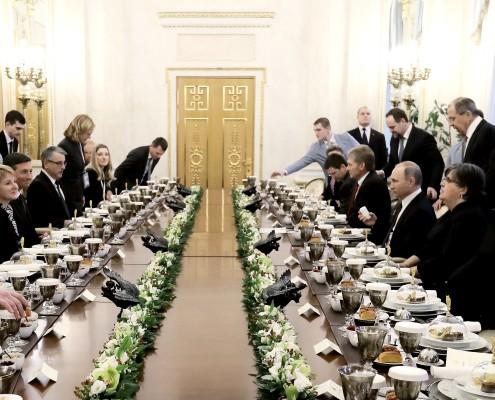 Kosilo s Putinom
